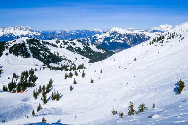 kitzbuhel-run mountain view