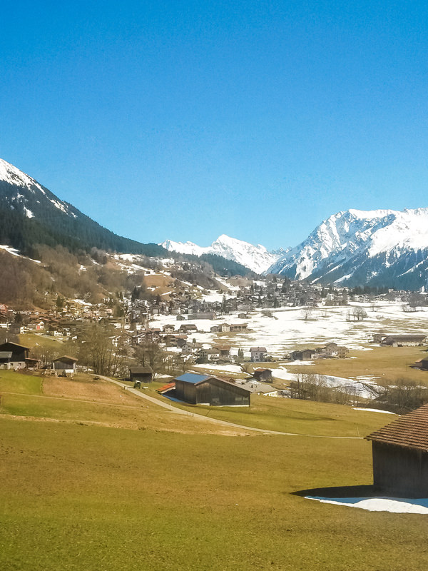 village-views-davos.600x800